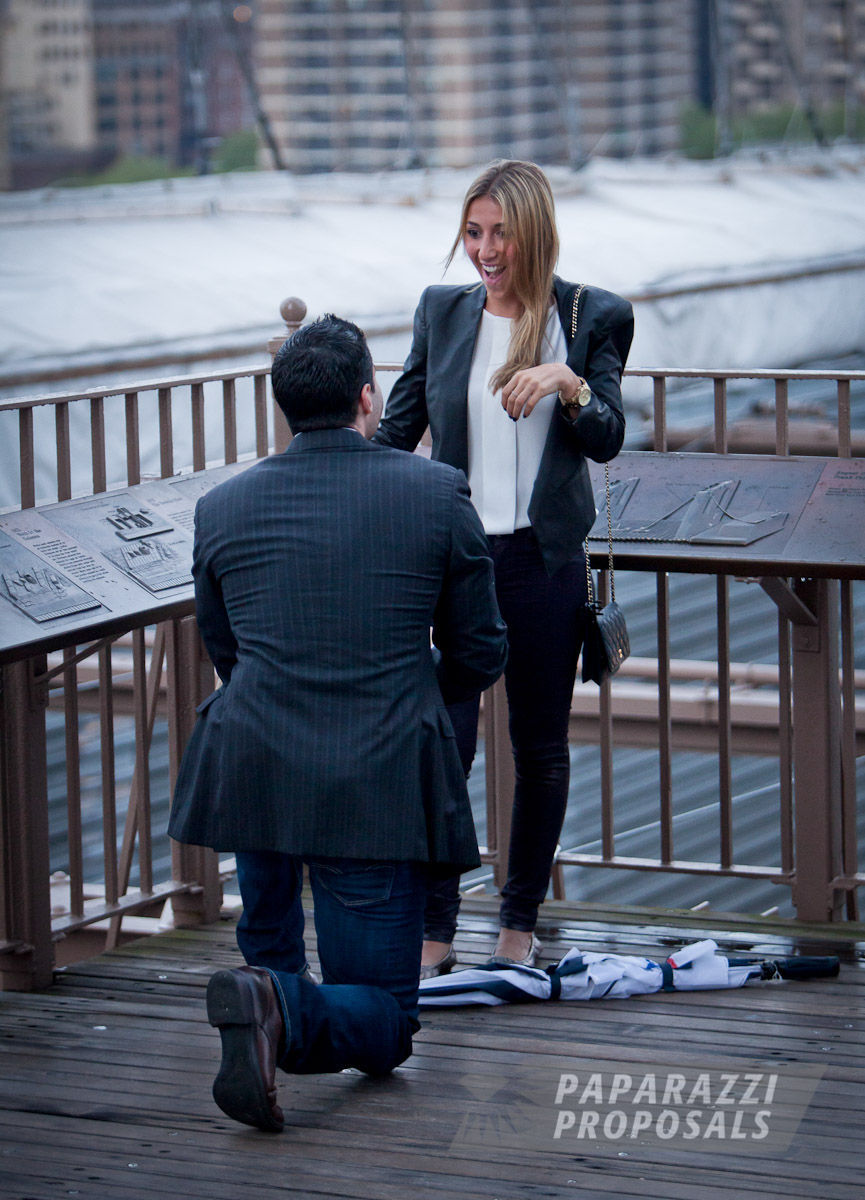 Michael And Tara S Brooklyn Bridge Paparazzi Proposal